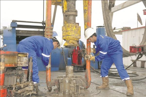 На нефтяном месторождении Алтыгуйи получен приток «черного золота»