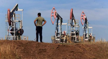 Oil, Gas Production in Russia Collapsed at Record since Collapse of USSR