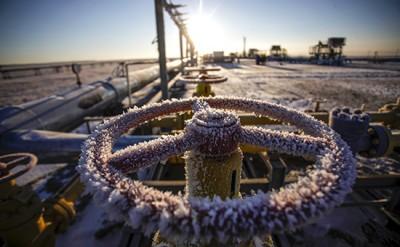 Birinci rübdə Rusiyanın neft gəlirləri aşağı düşüb